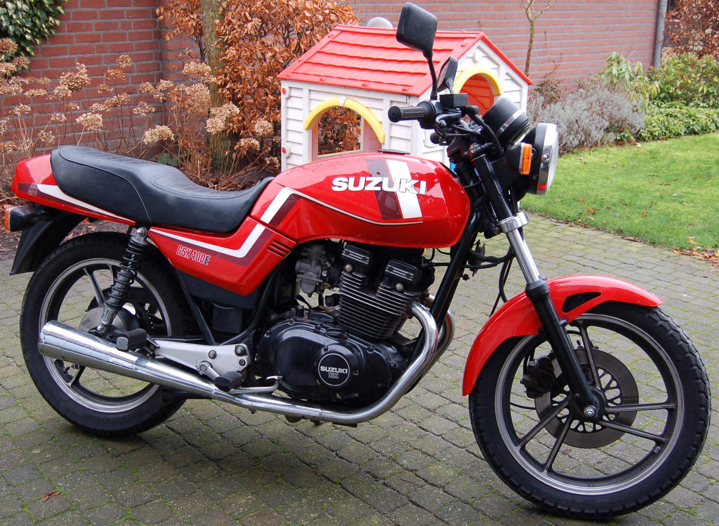 Suzuki gsx400e Caferacer - Brikken en klassiekers - Motor ...